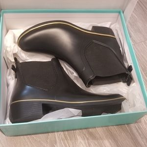 Brand New in box Kate Spade Sedgwick bootie US 7